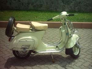classic-vespa-scooter